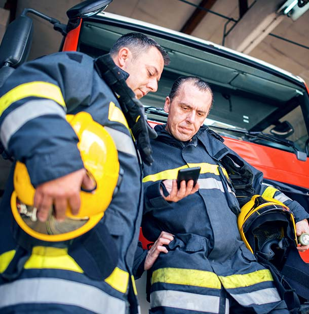 Hampshire Fire and Rescue choose PageOne's s.QUAD device